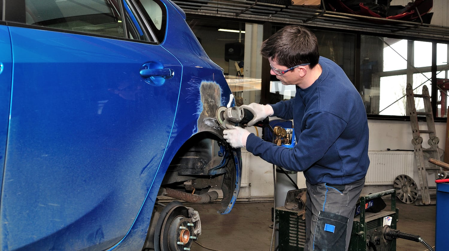 Why You Need Certified Aluminum Auto Body Repairs | Leons ...
