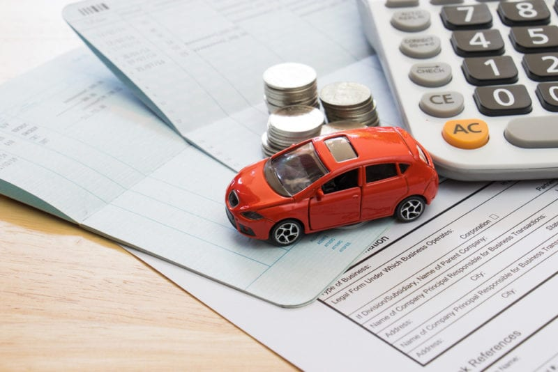 find a way to lower your Car insurance rates in Toronto